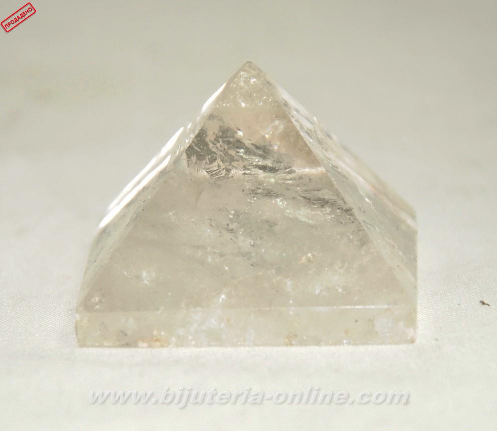Пирамида от планински кристал